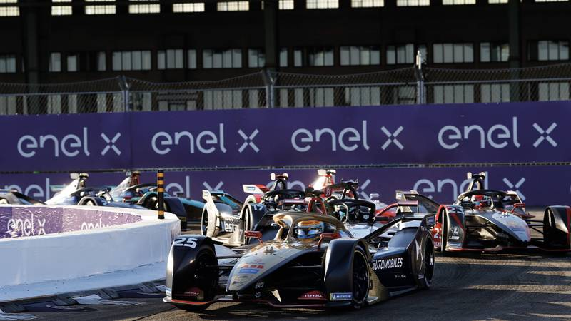 Jean Eric Vergne leads at Tempelhof Airport during one of the last races of the 2019-20 Formula E season in Berlin