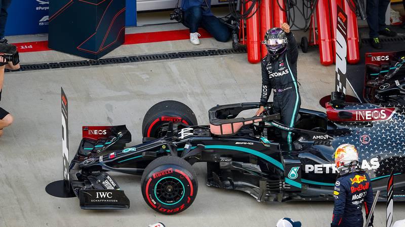 Lewis Hamilton celebrates clinching pole position in the 2020 F1 Russian Grand Prix