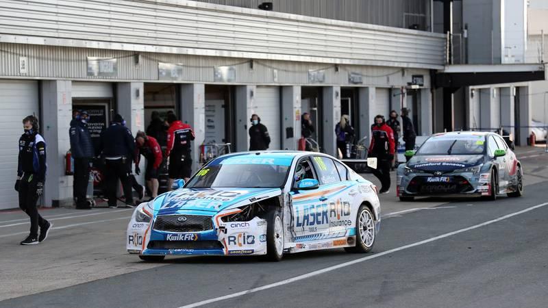 Ash Sutton's damaged car at the 2020 SIlverstone BTCC meeting