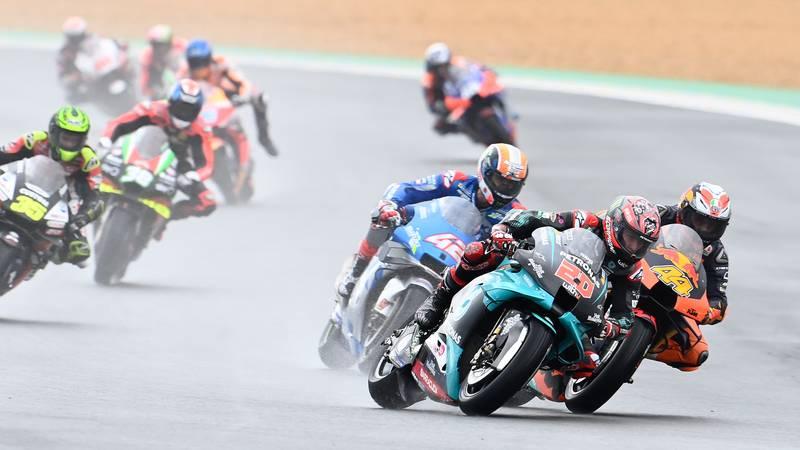 Fabio Quartararo in the pack during the 2020 MotoGP French Grand Prix at Le Mans
